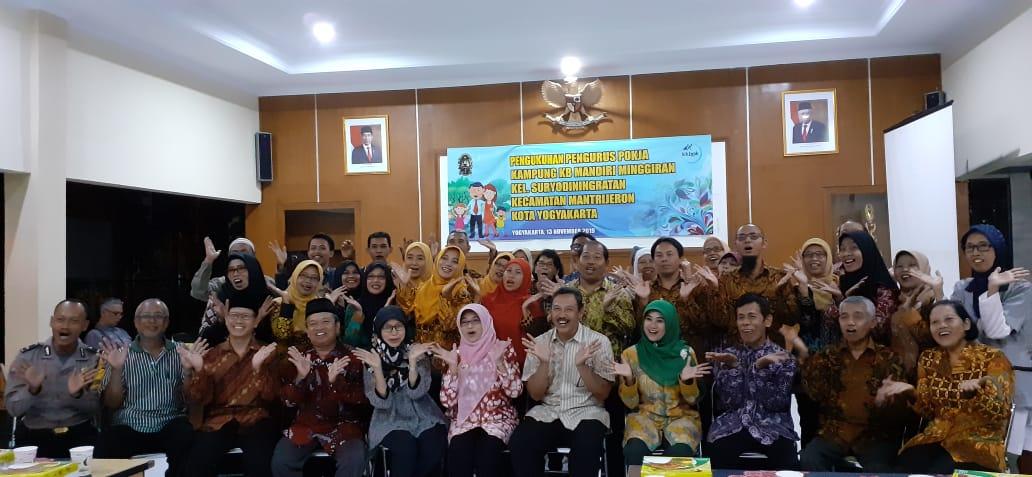 Pengukuhan Kampung KB Mandiri Minggiran