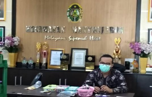 Cegah Sebaran Covid-19 : Layanan Adminduk Kecamatan Mantrijeron Sementara Dialihkan ke Disdukcapil