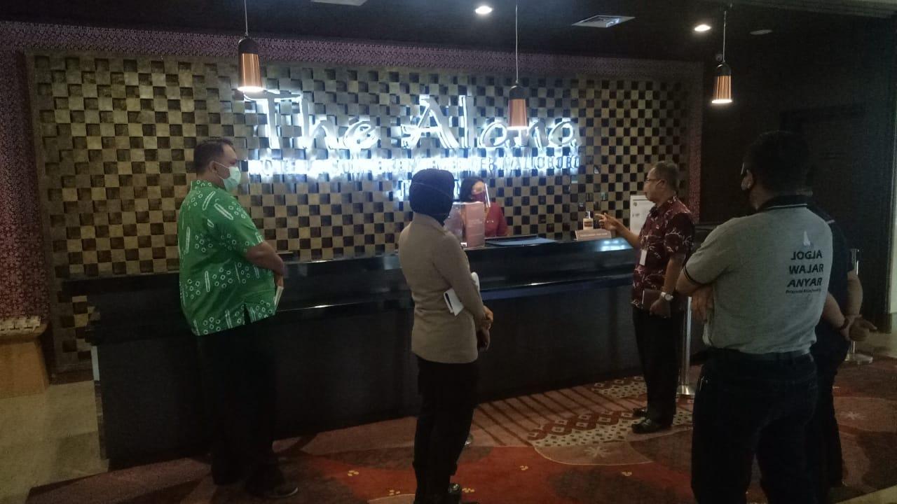 Tim Gugus  Penanganan COVID-19 Kecamatan Mantrijeron, Pantau Penerapan Protokol Kesehatan di Hotel Wilayah Kecamatan Mantrijeron
